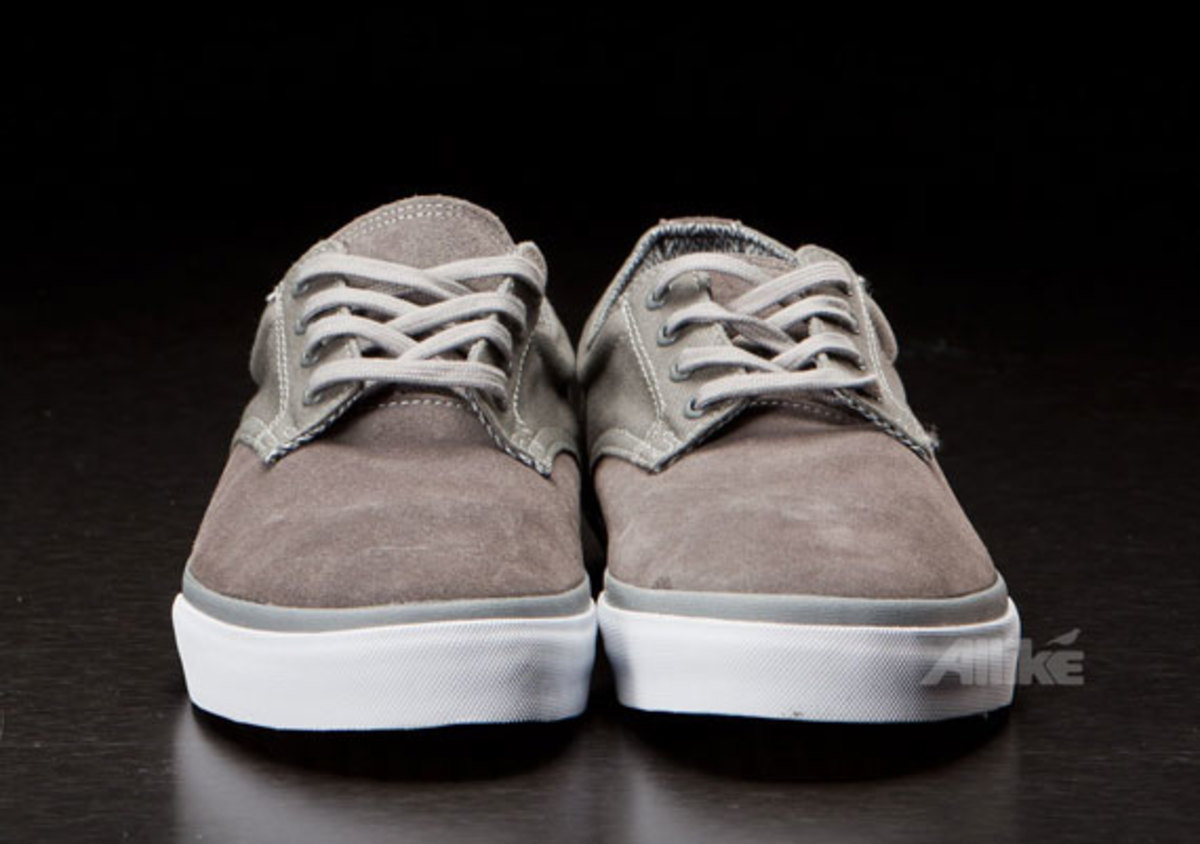 vans-syndicate-derby-available-04