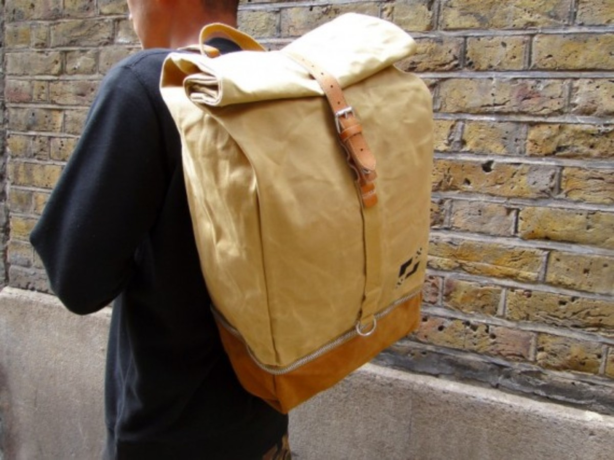 eastpak-by-wood-wood-desertion-collection-04