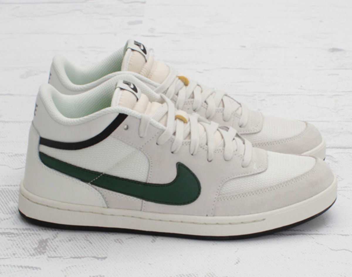 nike-sb-challenge-court-swan-gorge-green-black-concept-03