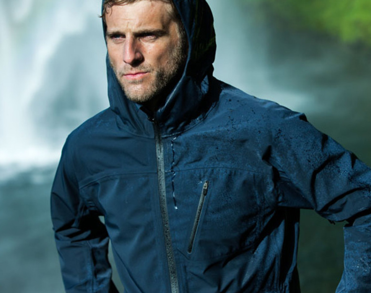 feature-aether-cascade-jacket