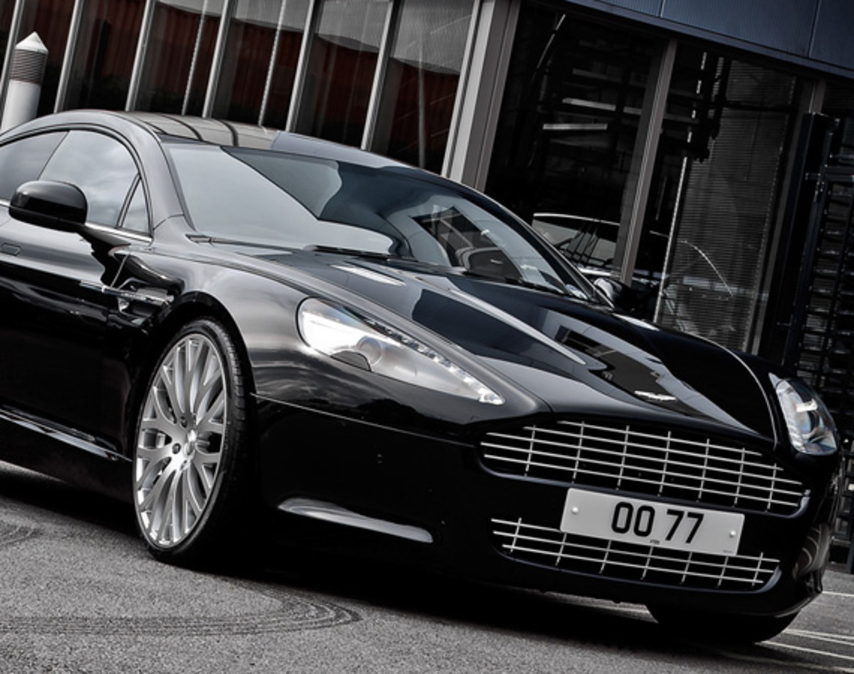 aston-martin-rapide-sedan-by-a-kahn-design-02