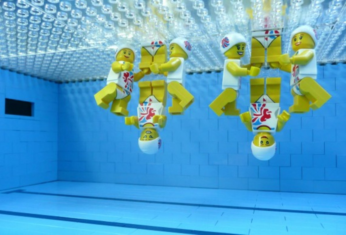 lego-2012-london-olympics-aquatic-center-by-bricks-for-brains-3
