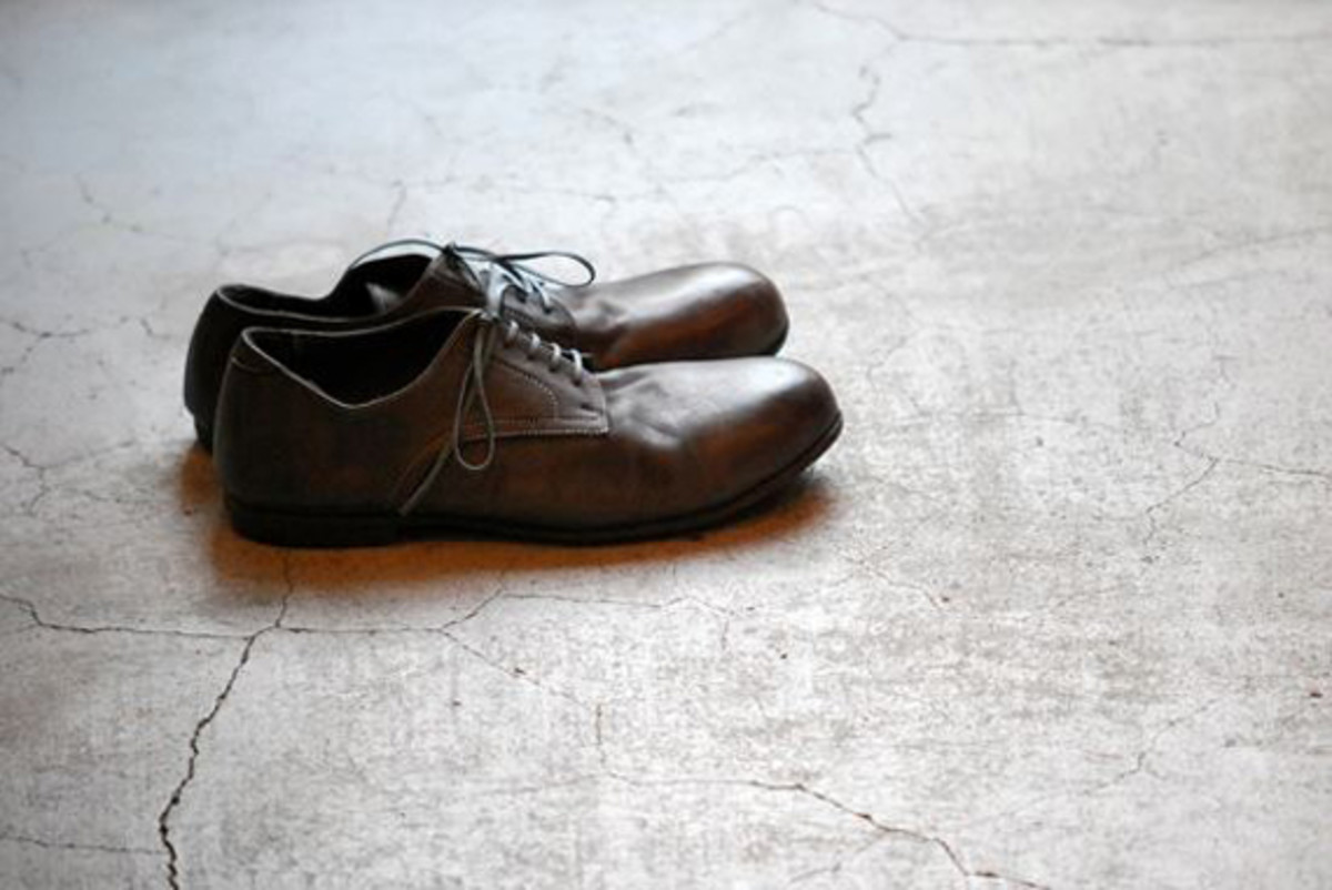 roberu-piece-dyed-shoes-fall-winter-2012-collection-09