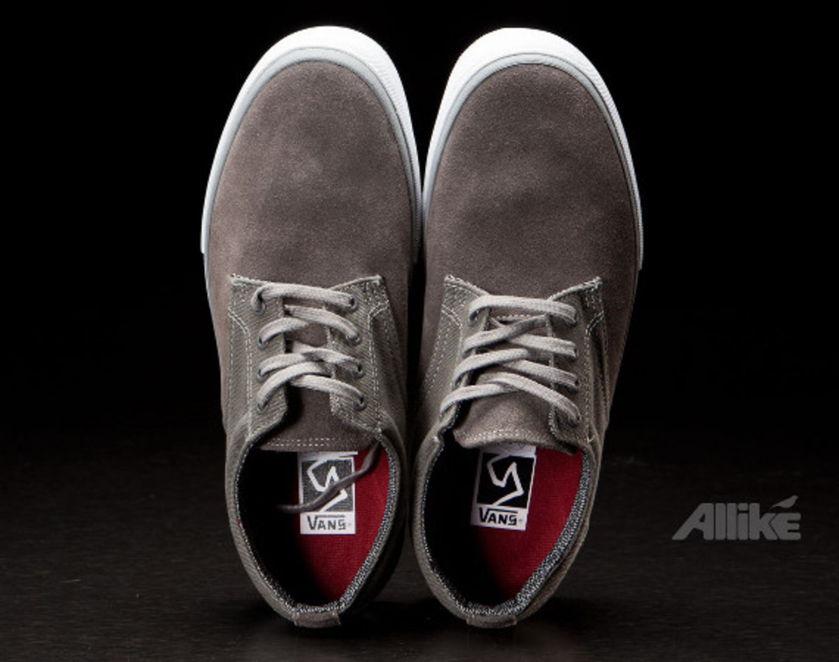 vans-syndicate-derby-available-01