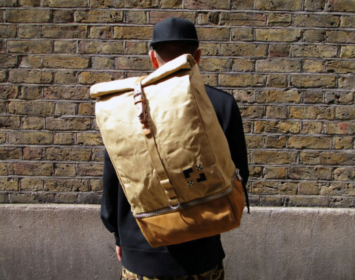 eastpak-by-wood-wood-desertion-collection-01