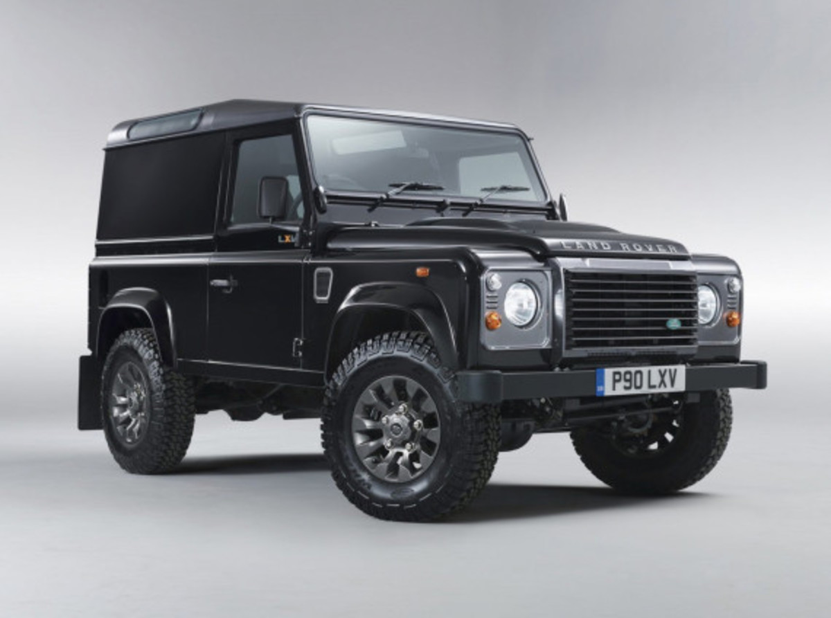 land-rover-65th-anniversary-defender-lxv-edition-04