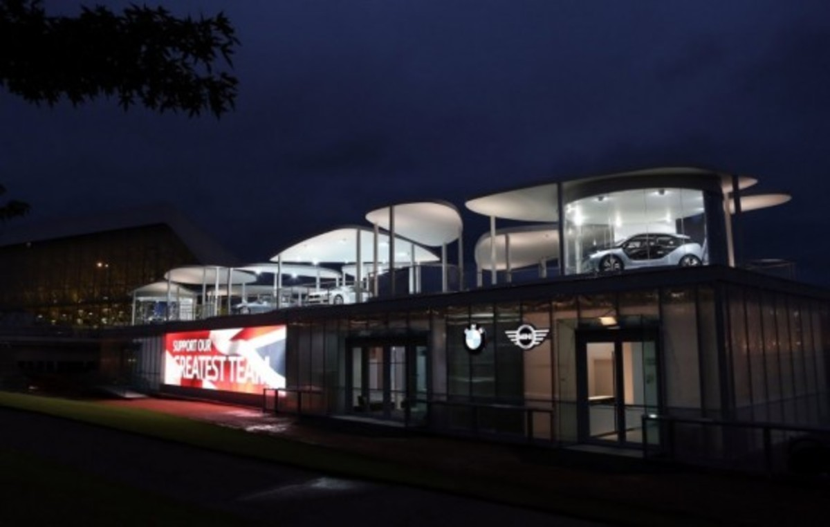 bmw-pavilion-at-olympic-park-06