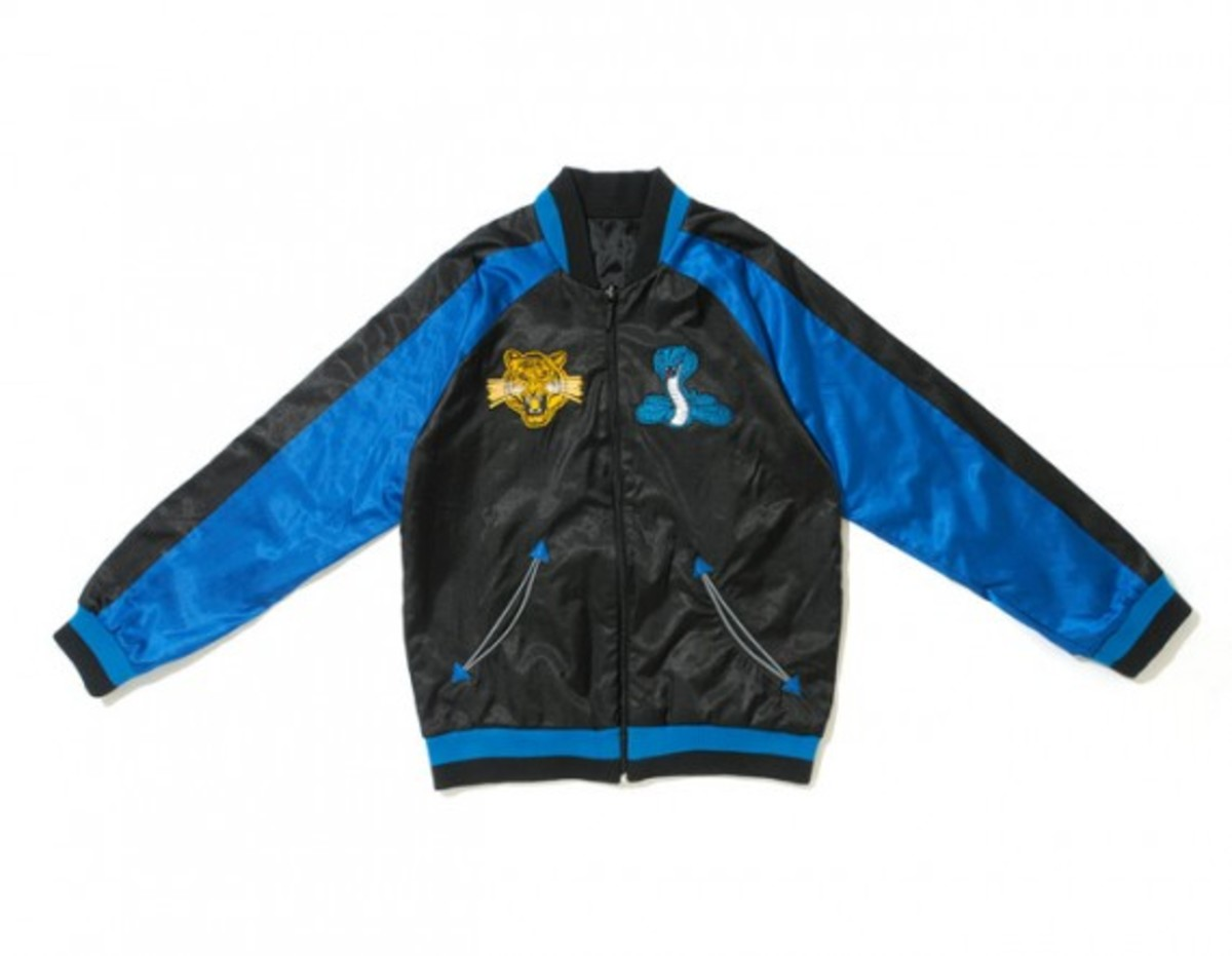 adidas-originals-reversible-souvenir-jacket-01