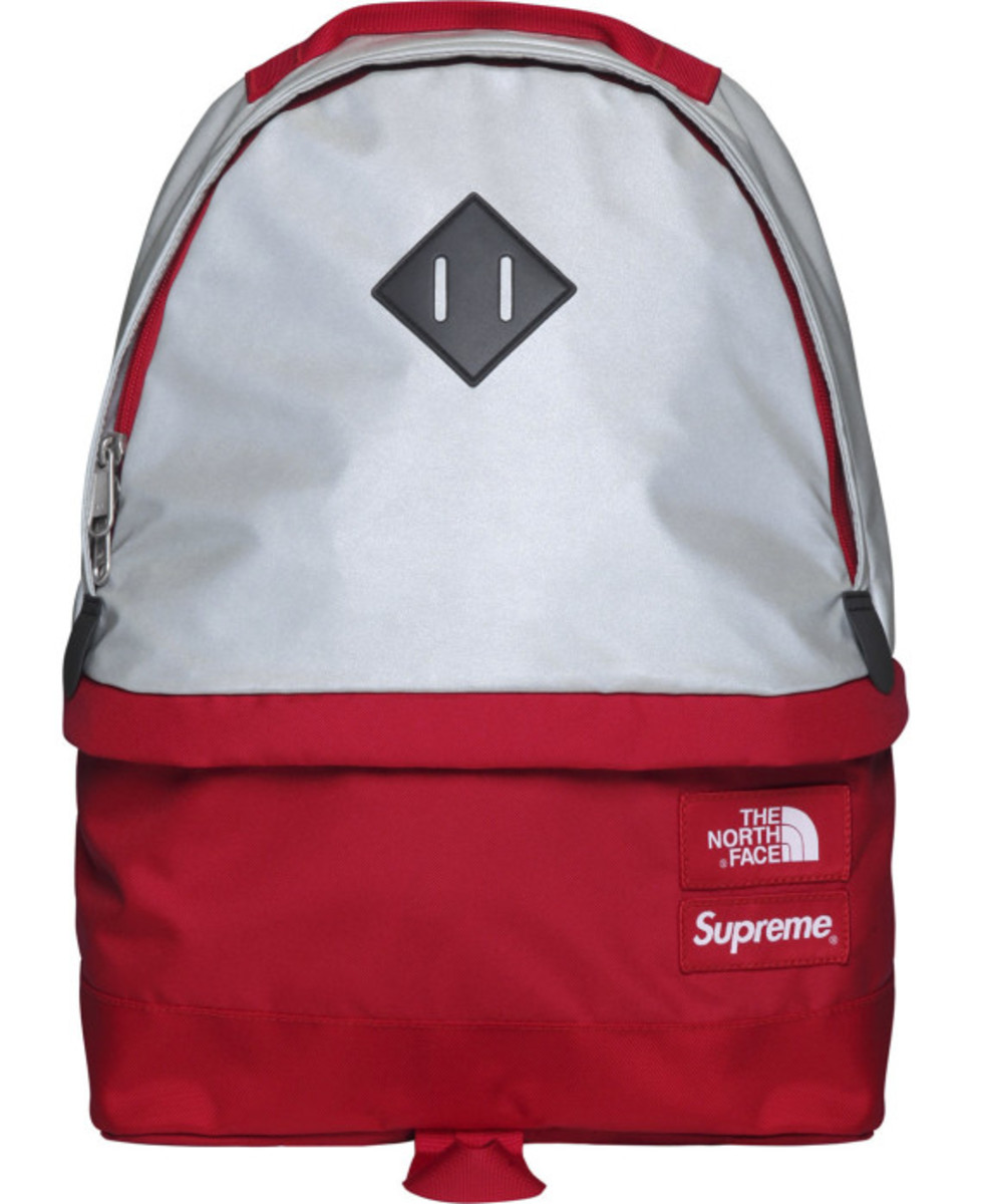 the-north-face-supreme-3m-reflective-medium-day-pack-backpack-001
