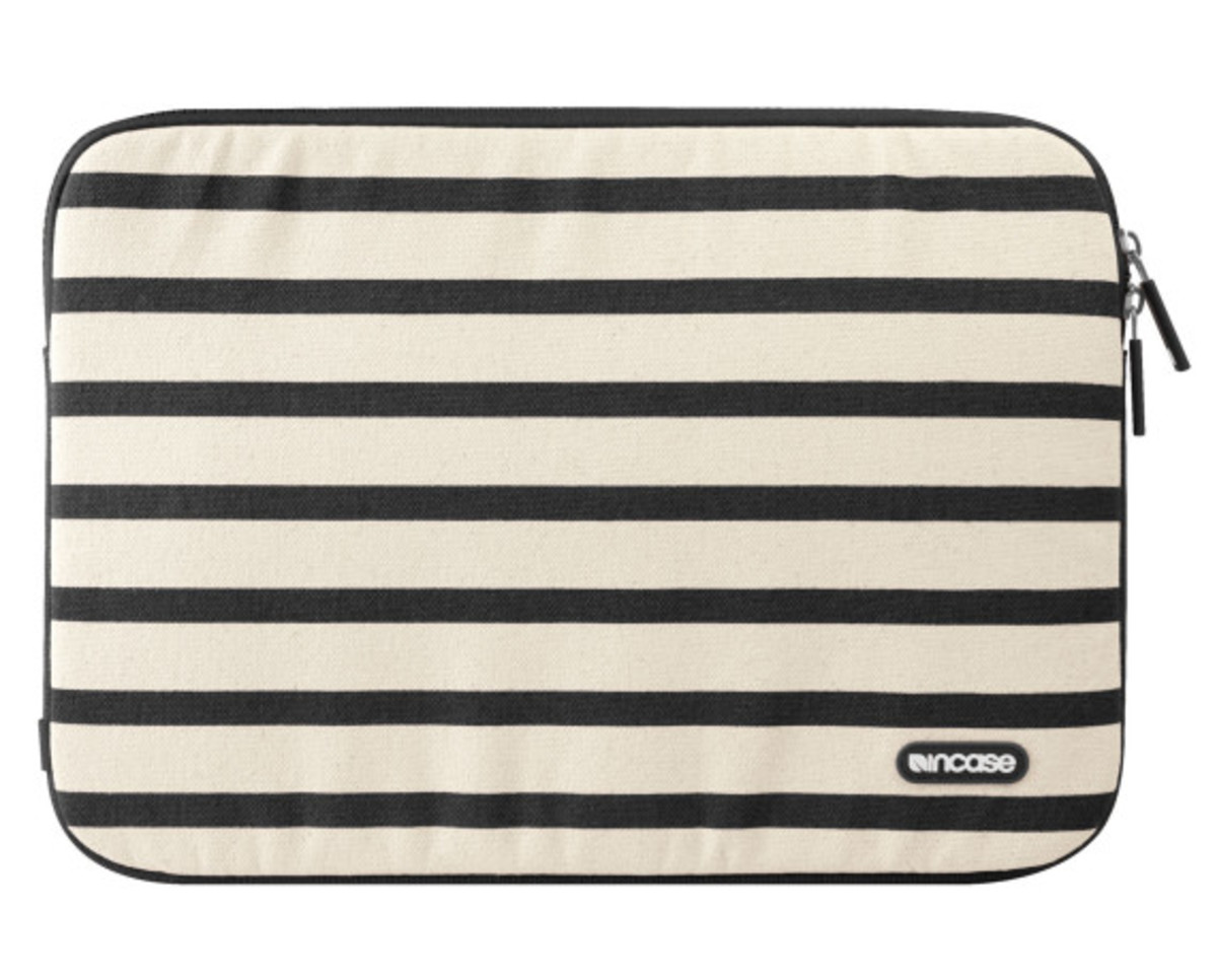 incase-stripes-collection-canvas-sleeve-18