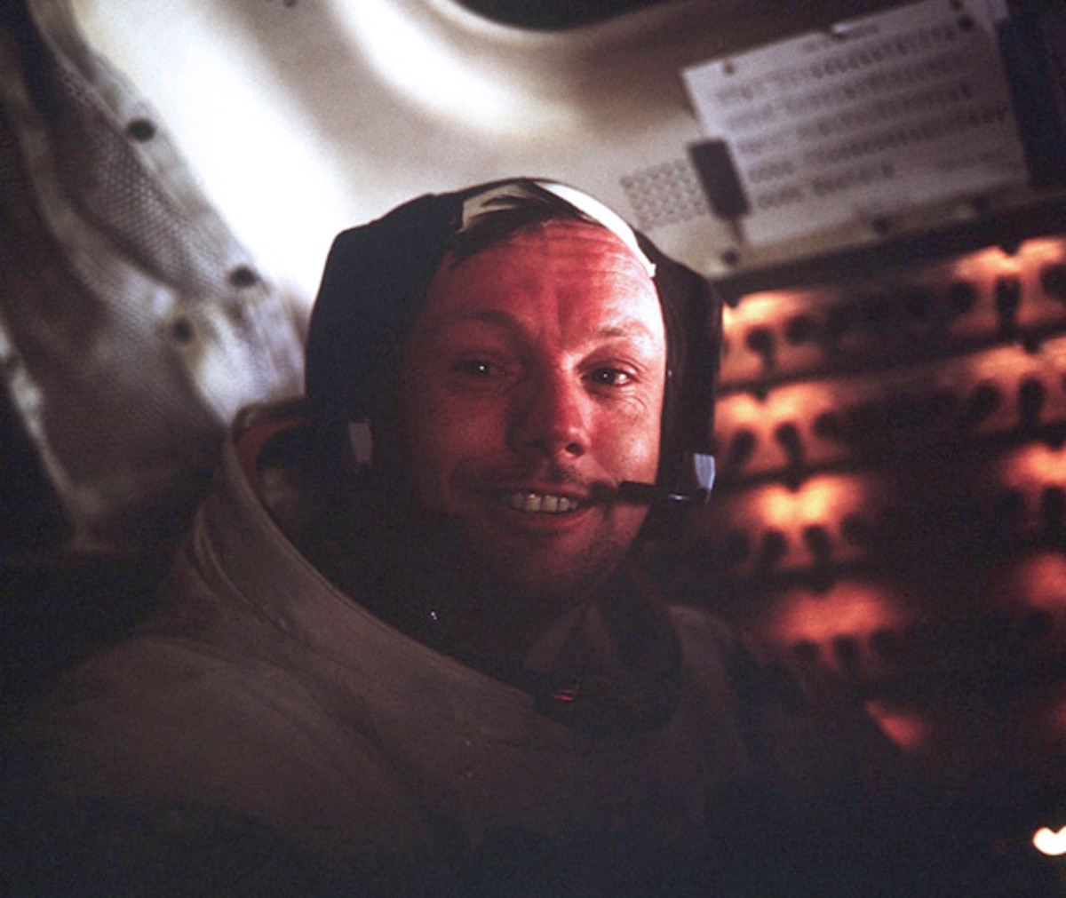 neil-armstrong-first-man-on-the-moon-apollo-11-01 copy