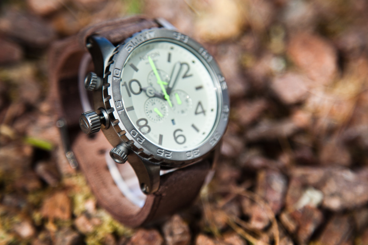 nixon-51-30-gunmetal-brown-3