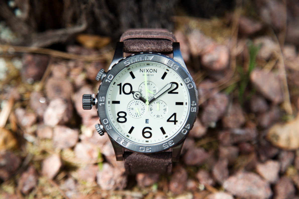 nixon-51-30-gunmetal-brown-2