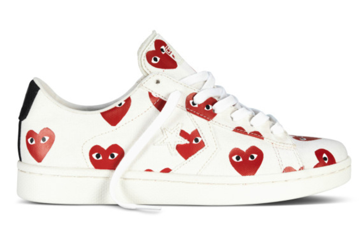 comme-des-garcons-play-x-converse-pro-leather-ox-12