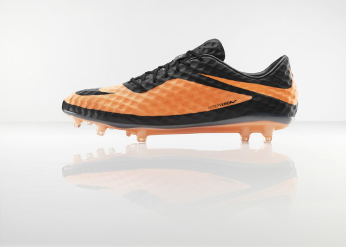 nike-hypervenom-boot-official-unveiled-1