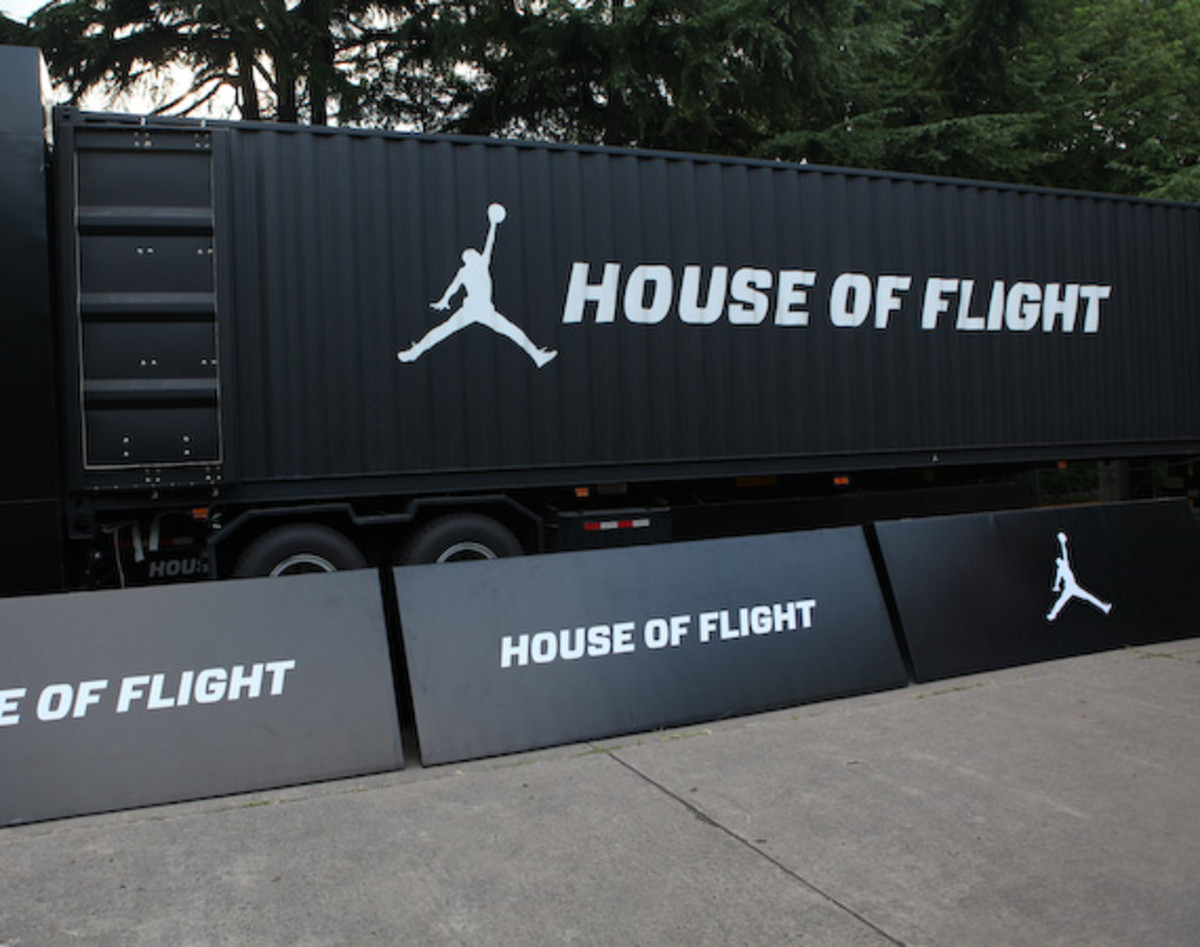 2012-nike-festival-of-sport-house-of-flight-2
