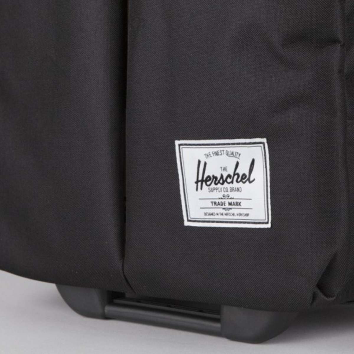 herschel-supply-co-luggage-collection-12