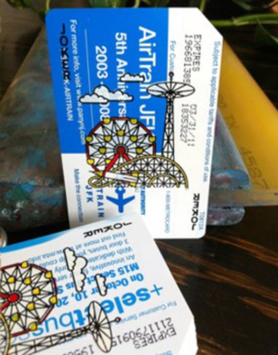 metrodeck-upcycled-playing-cards-using-old-nyc-metro-cards-4