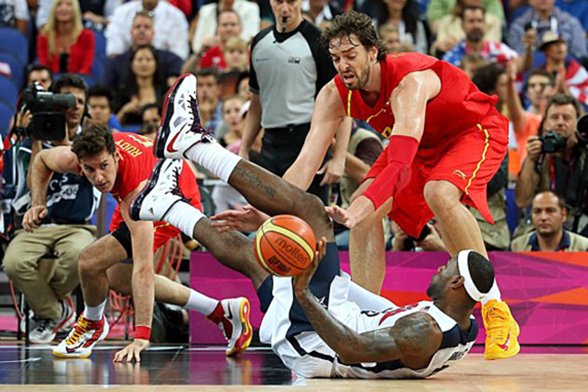 nike-lebron-x-2012-london-olympics-gold-medal-match-04