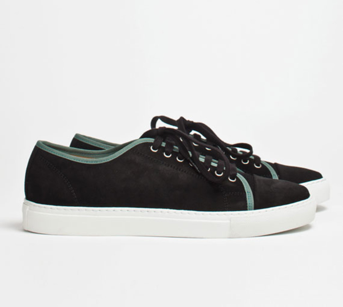 comme-des-garcons-shirt-the-generic-man-fall-2012-footwear-collection-09