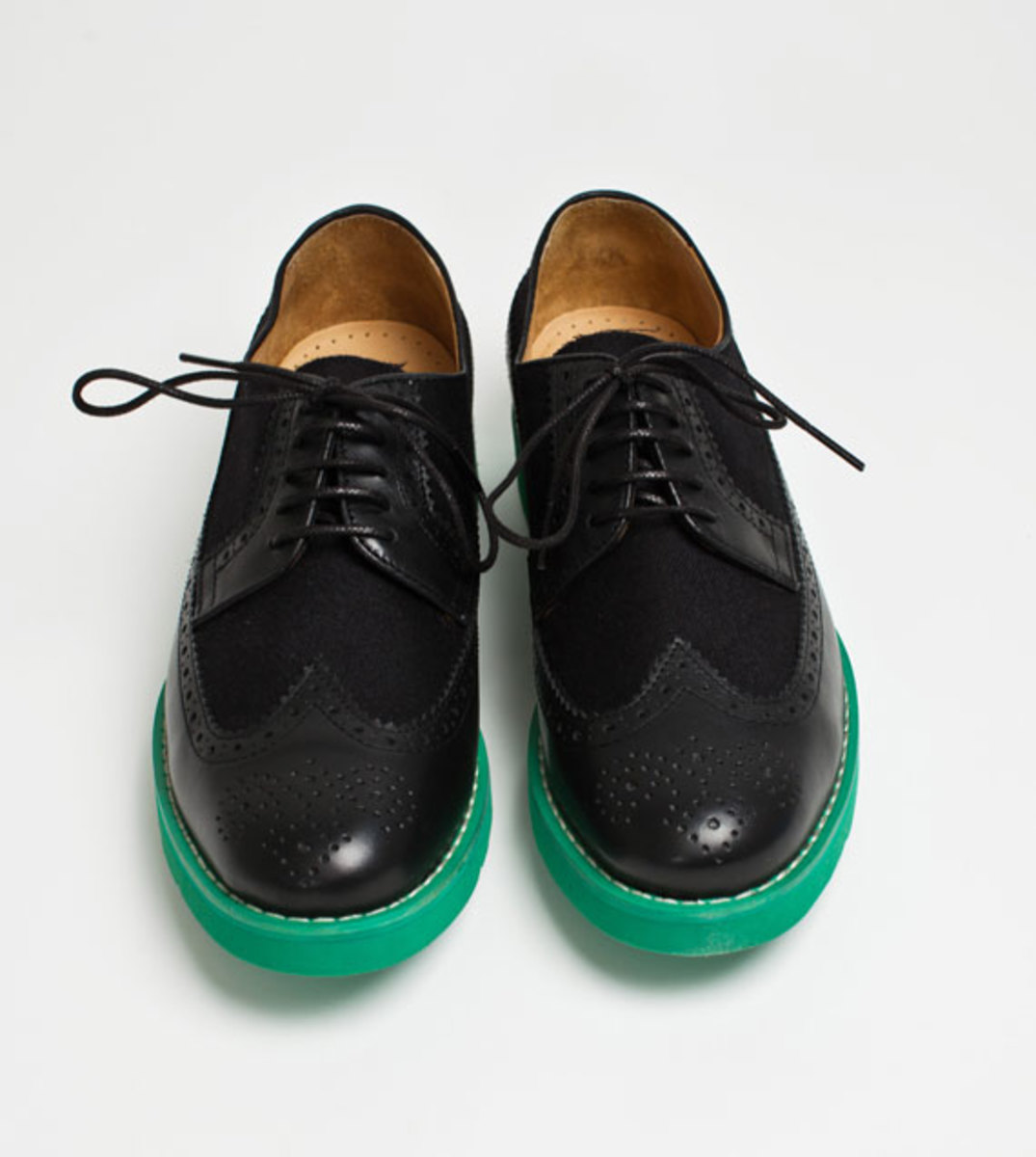 comme-des-garcons-shirt-the-generic-man-fall-2012-footwear-collection-17