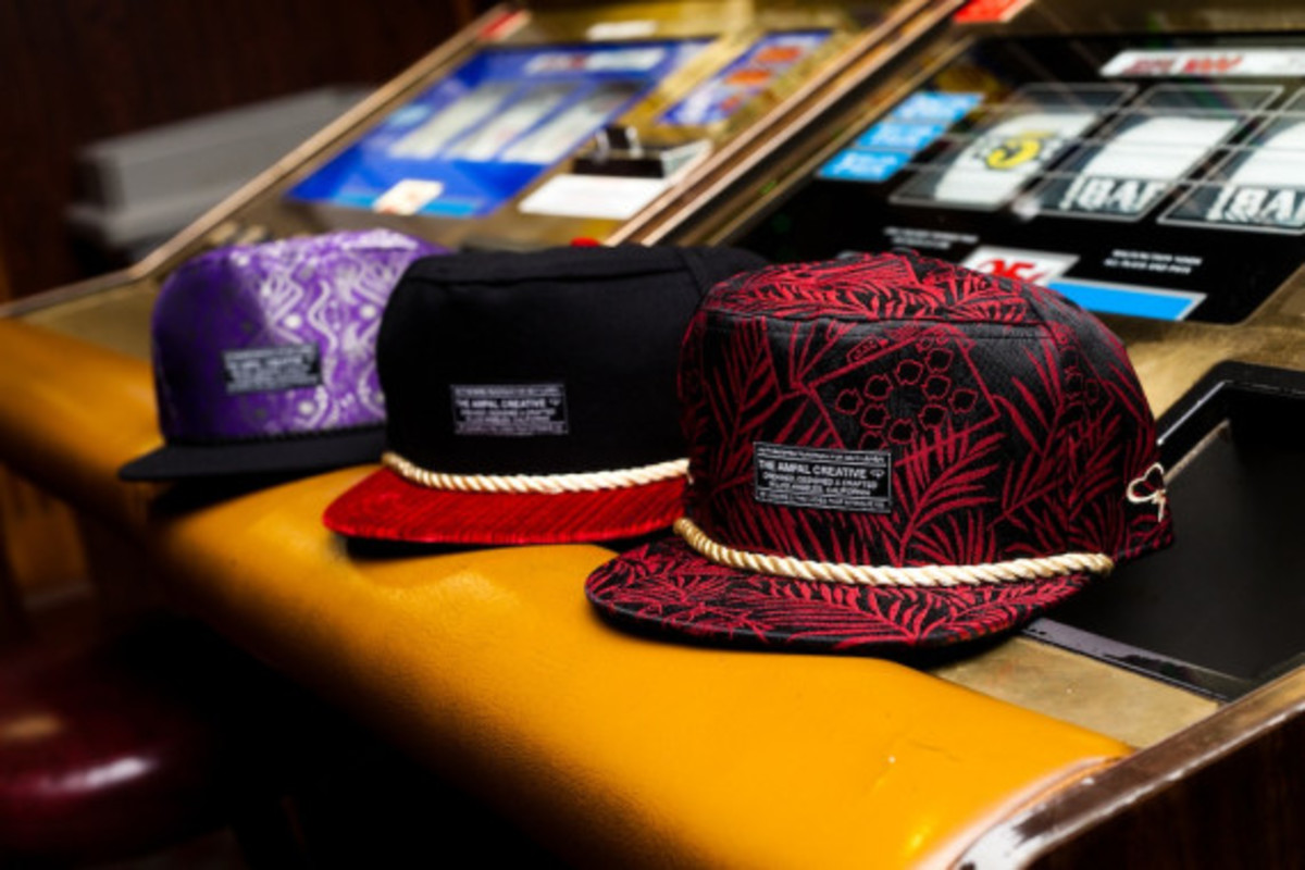 feature-ampal-sneaker-boutique-snapbacks-009