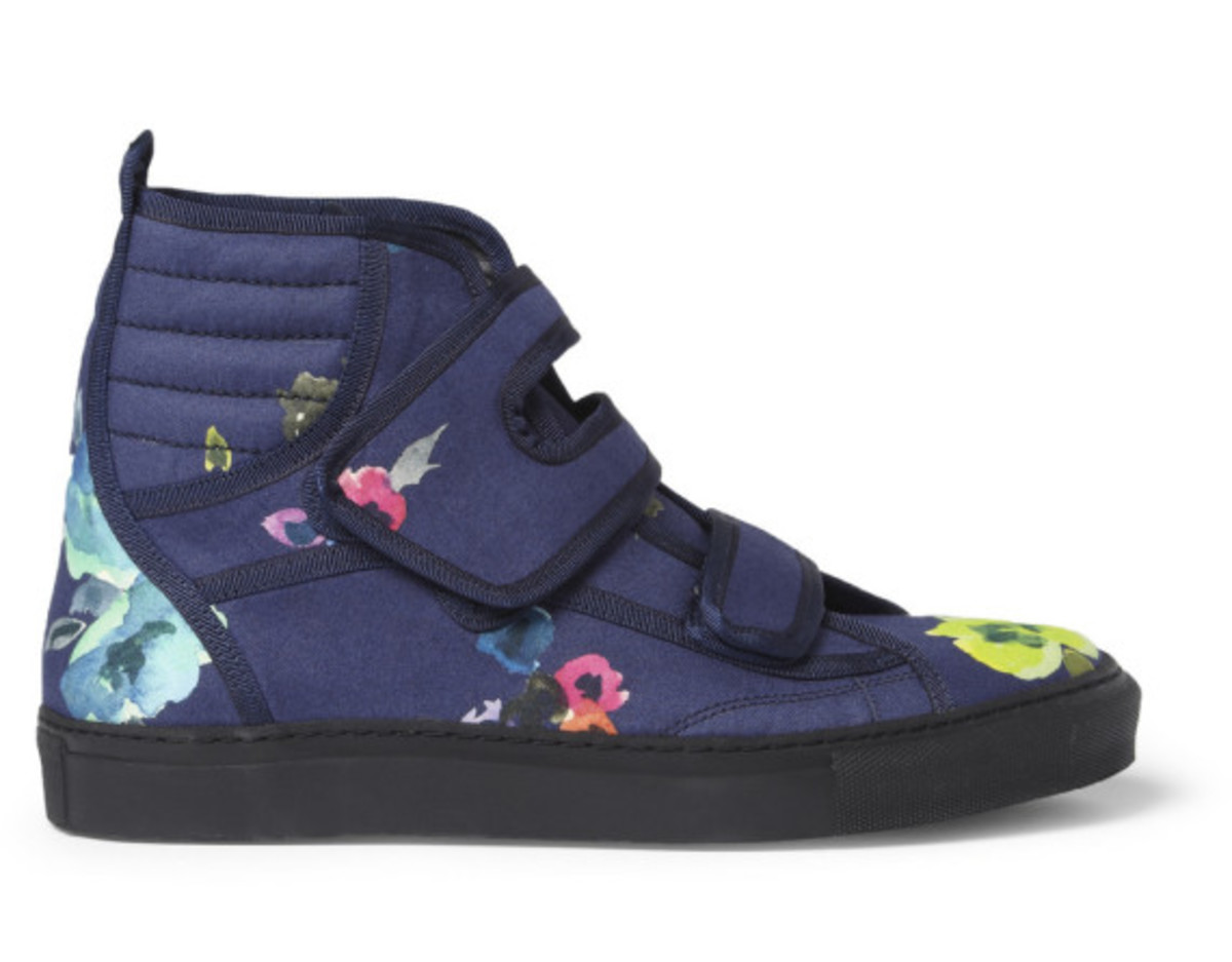raf-simons-mr-porter-exclusive-flower-print-high-top-sneakers-09