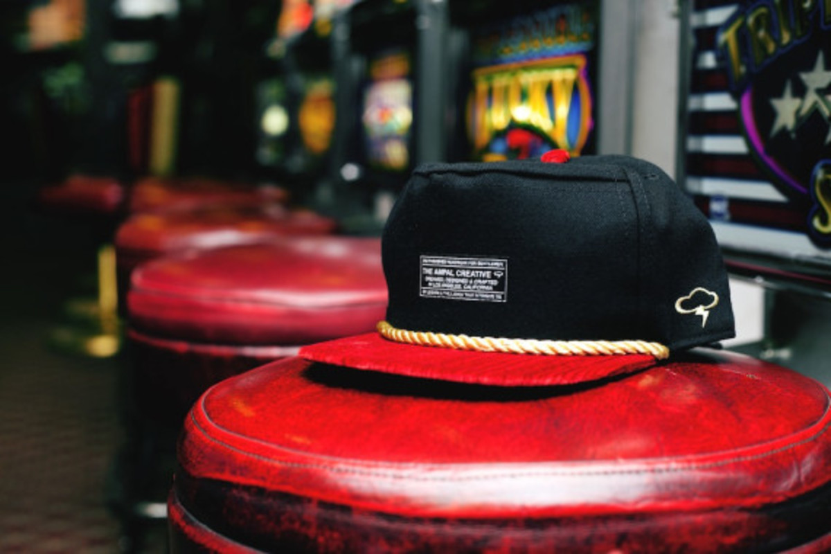 feature-ampal-sneaker-boutique-snapbacks-010