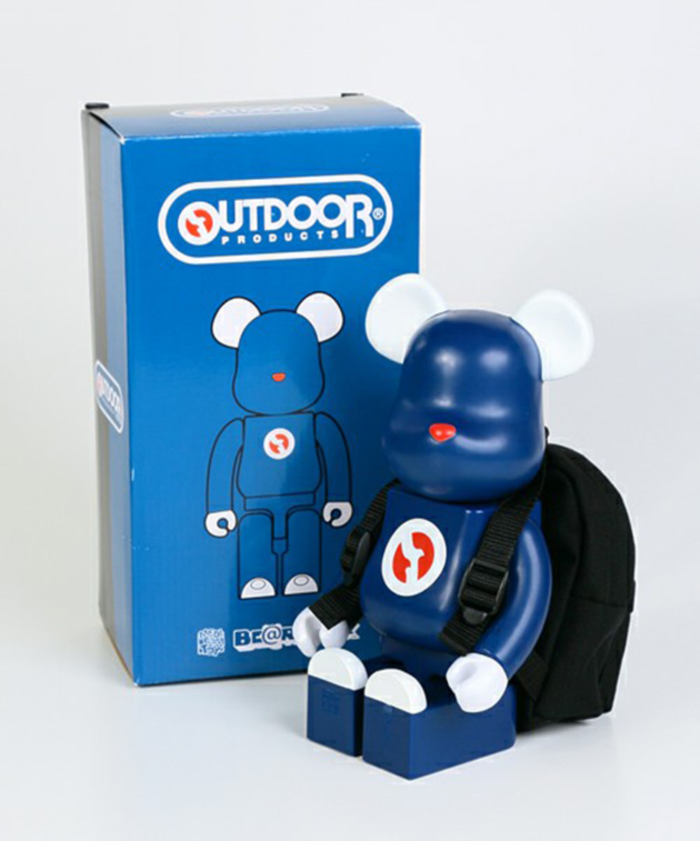 outdoor-products-medicom-toy-bearbrick-400-01