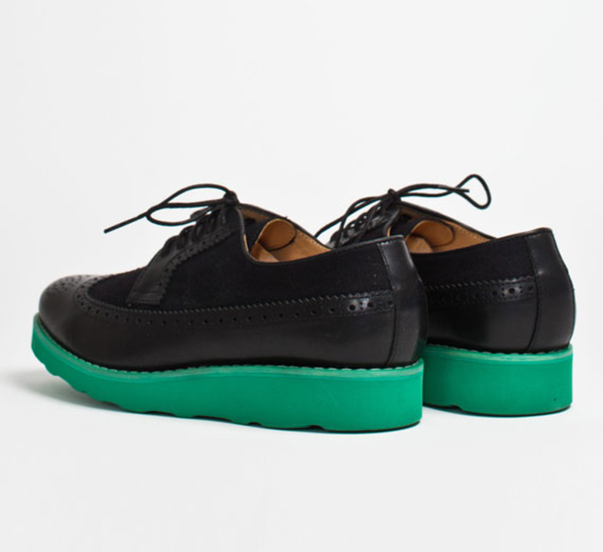 comme-des-garcons-shirt-the-generic-man-fall-2012-footwear-collection-18