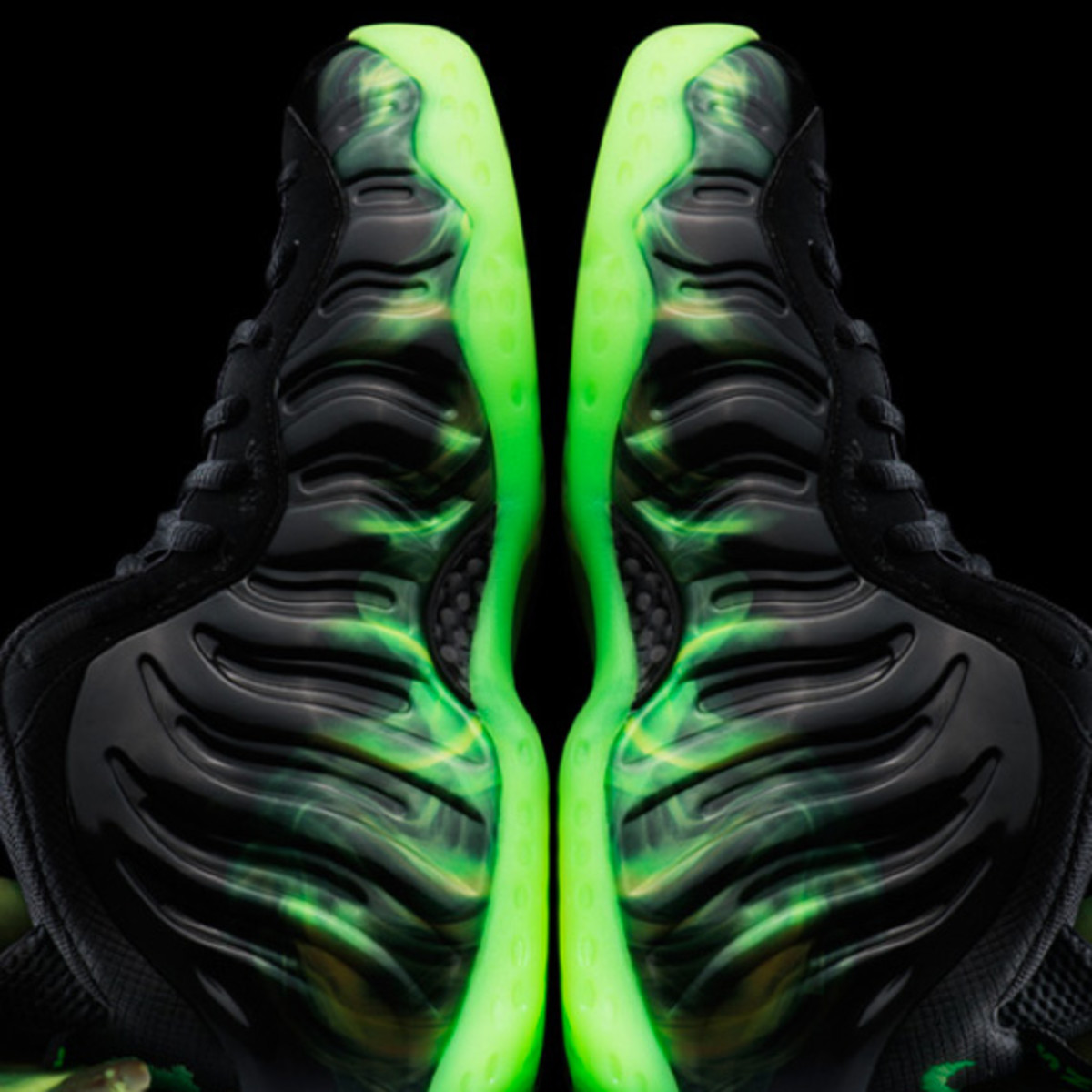 f8a119eebac ParaNorman x Nike Air Foamposite One - Freshness Mag