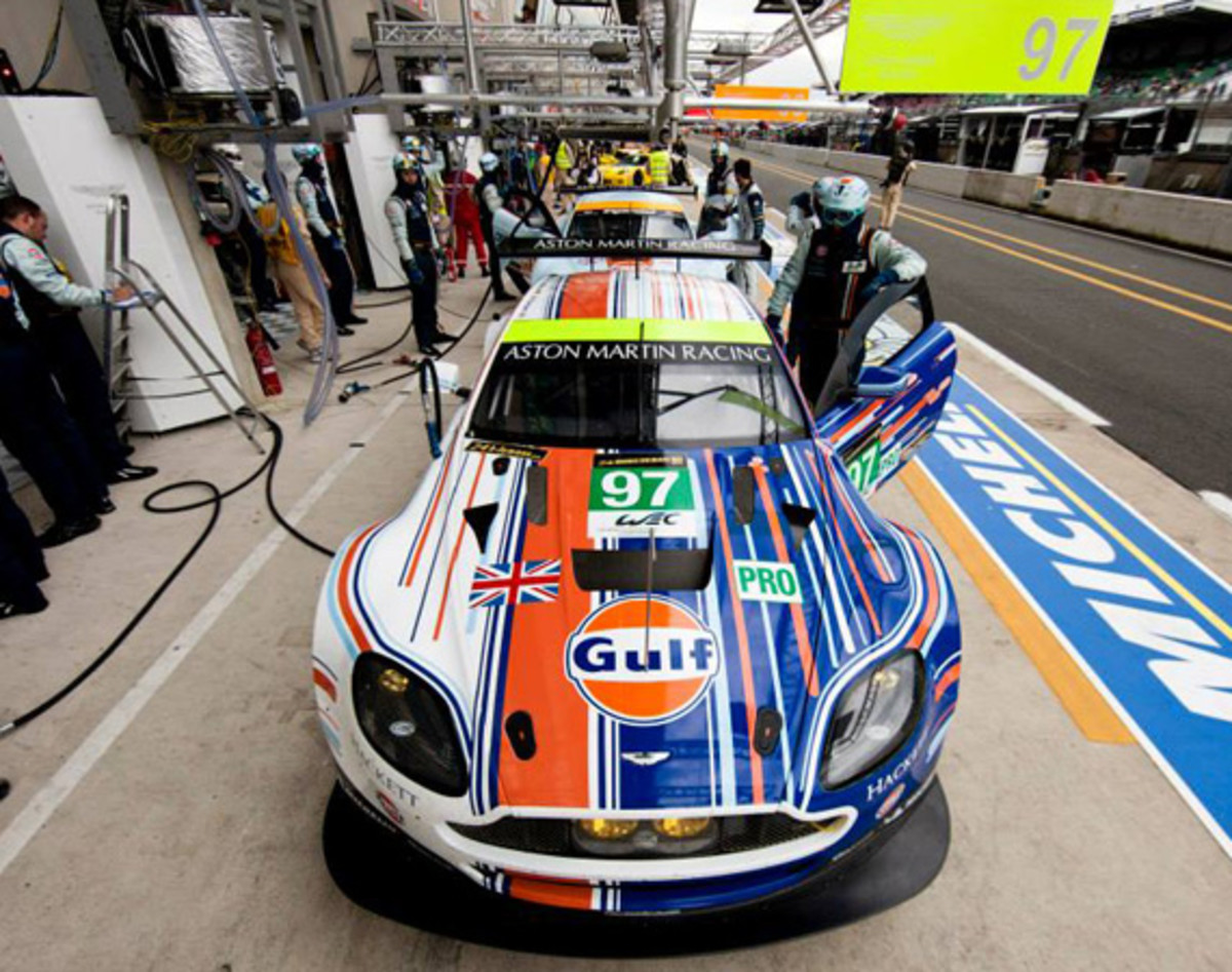 ASTON MARTIN RACING UNVEILS WINNING LE MANS GULF LIVERY