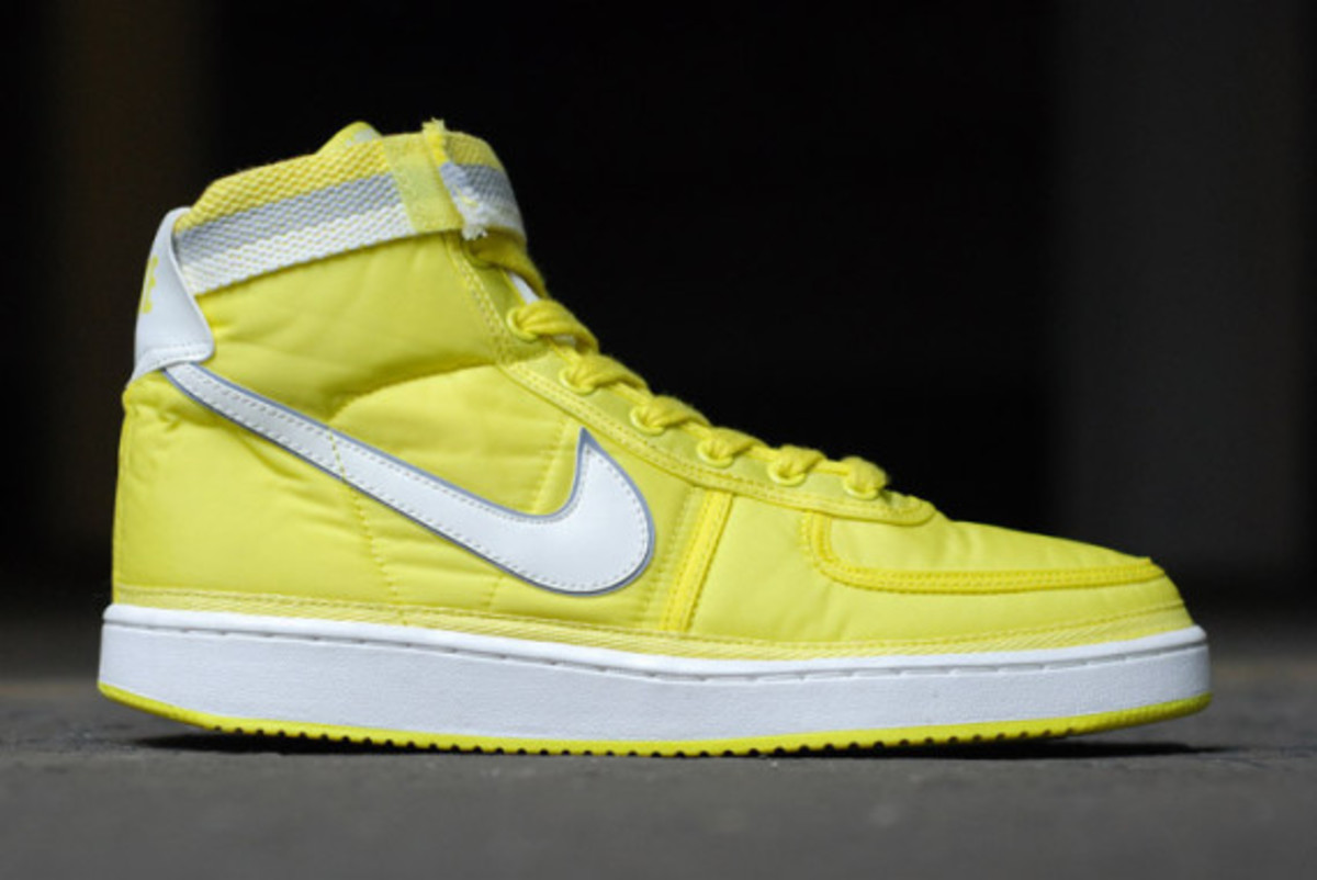 nike-vandal-high-supreme-vntg-pack-03