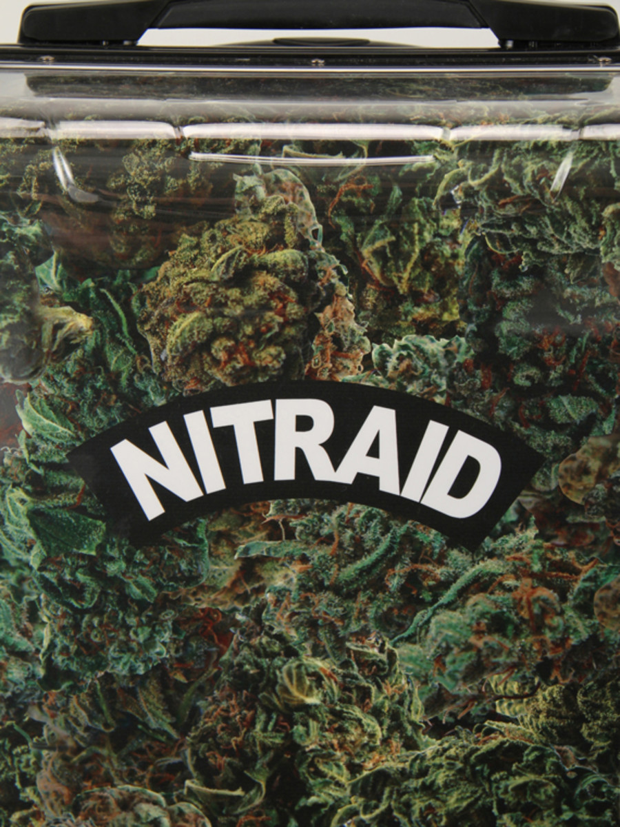 nitraid-dope-forest-luggage-02