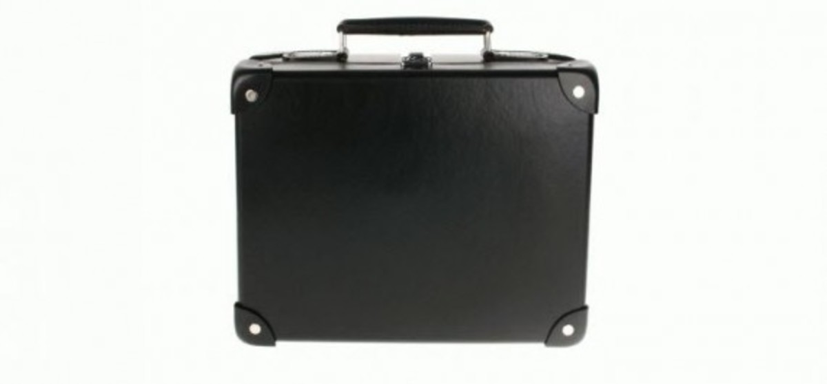 globe-trotter-x-andre-mr-a-luggage-collection-11