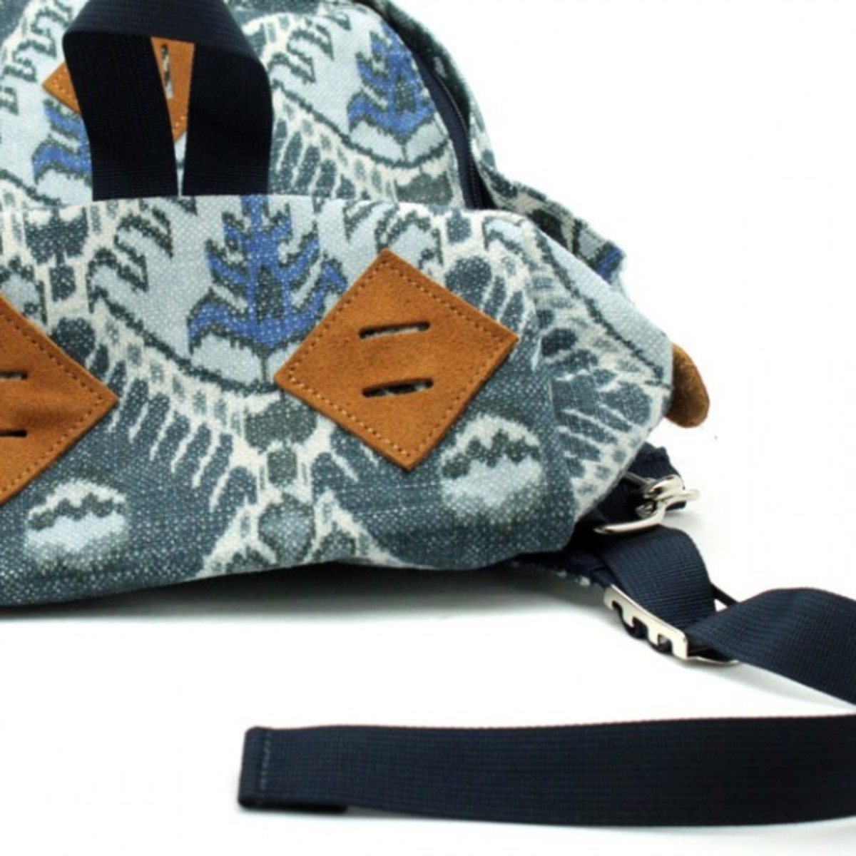 the-north-face-purple-label-fall-2012-bag-collection-15