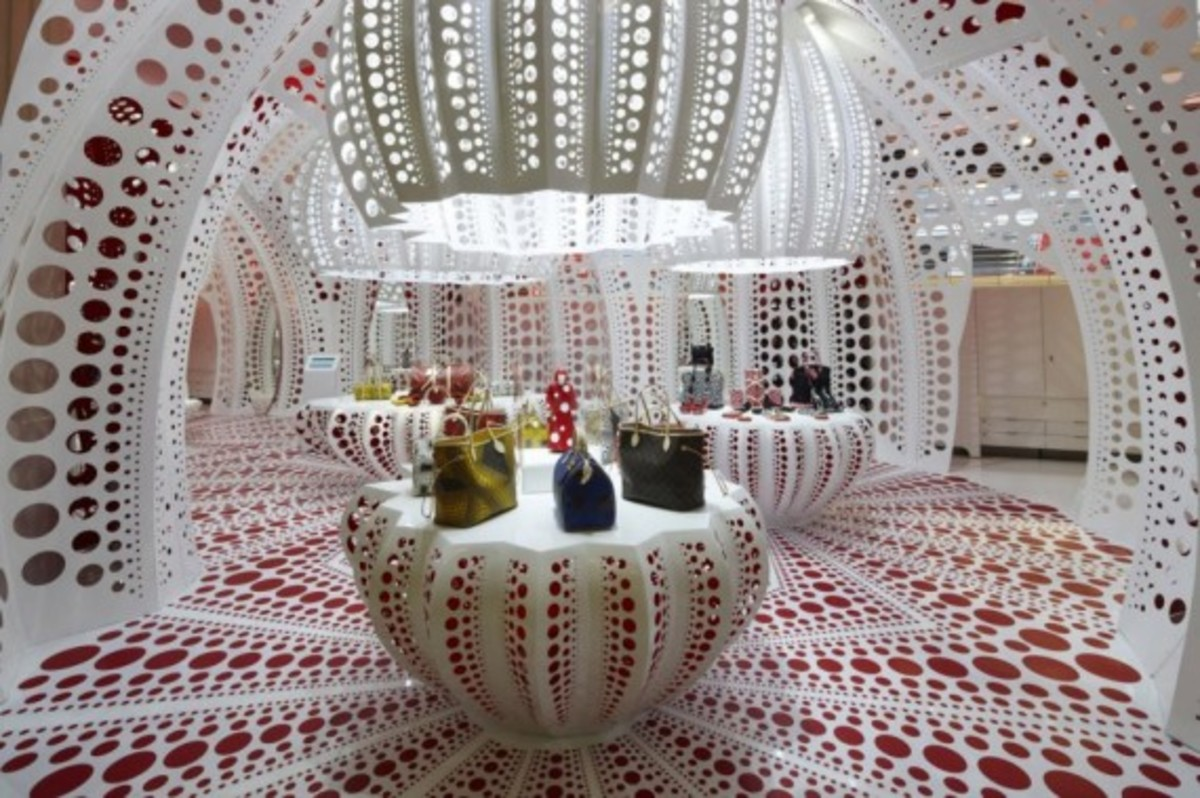 louis-vuitton-yayoi-kusama-x-selfridges-the-concept-store-8