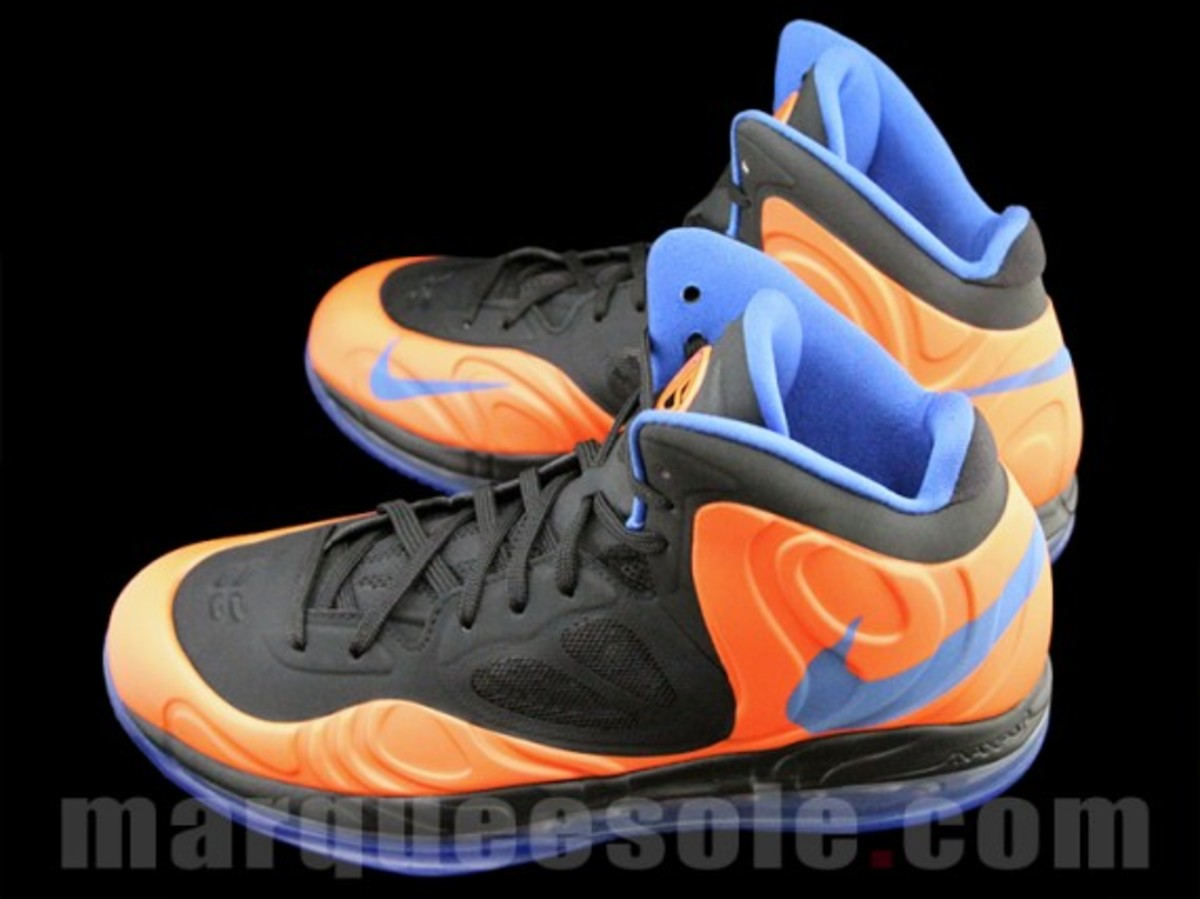 nike-air-max-hyperposite-2012-new-york-knicks-002