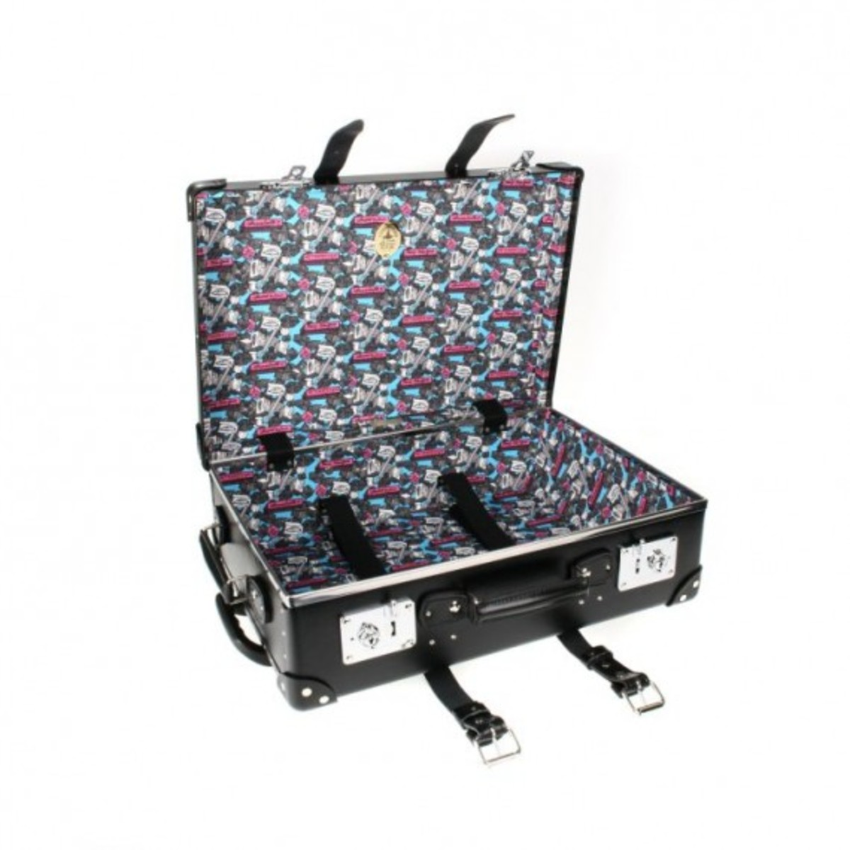 globe-trotter-x-andre-mr-a-luggage-collection-6