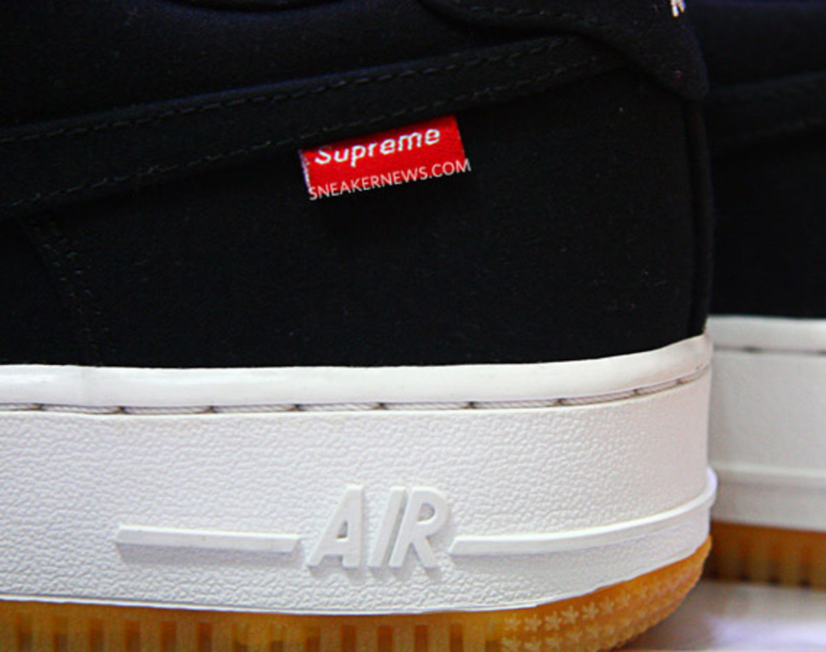 supreme-nike-air-force-1-00