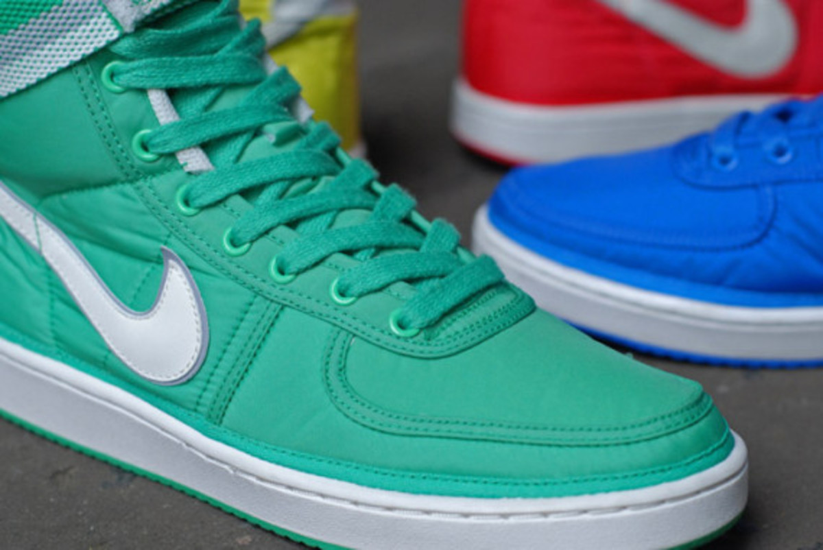 nike-vandal-high-supreme-vntg-pack-09