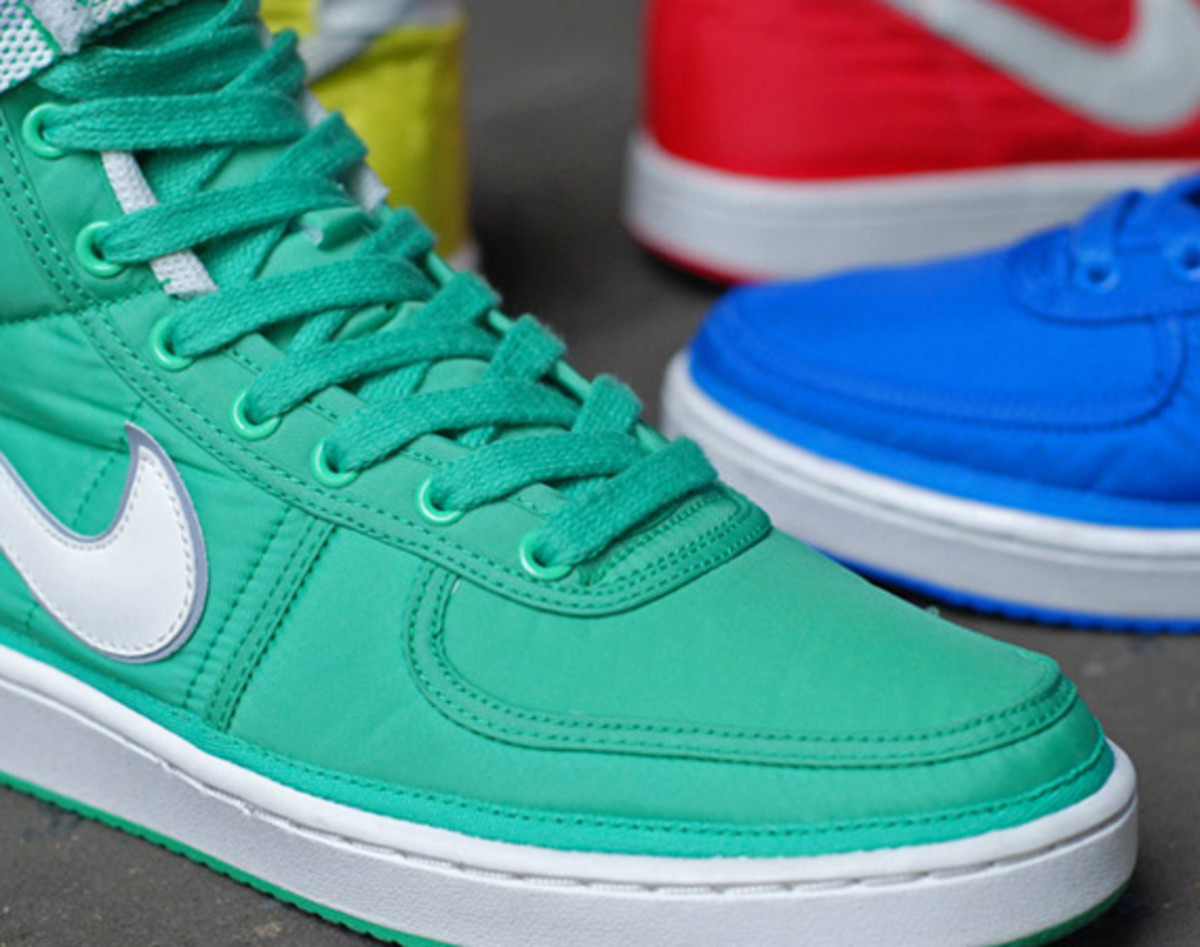 nike-vandal-high-supreme-vntg-pack-01