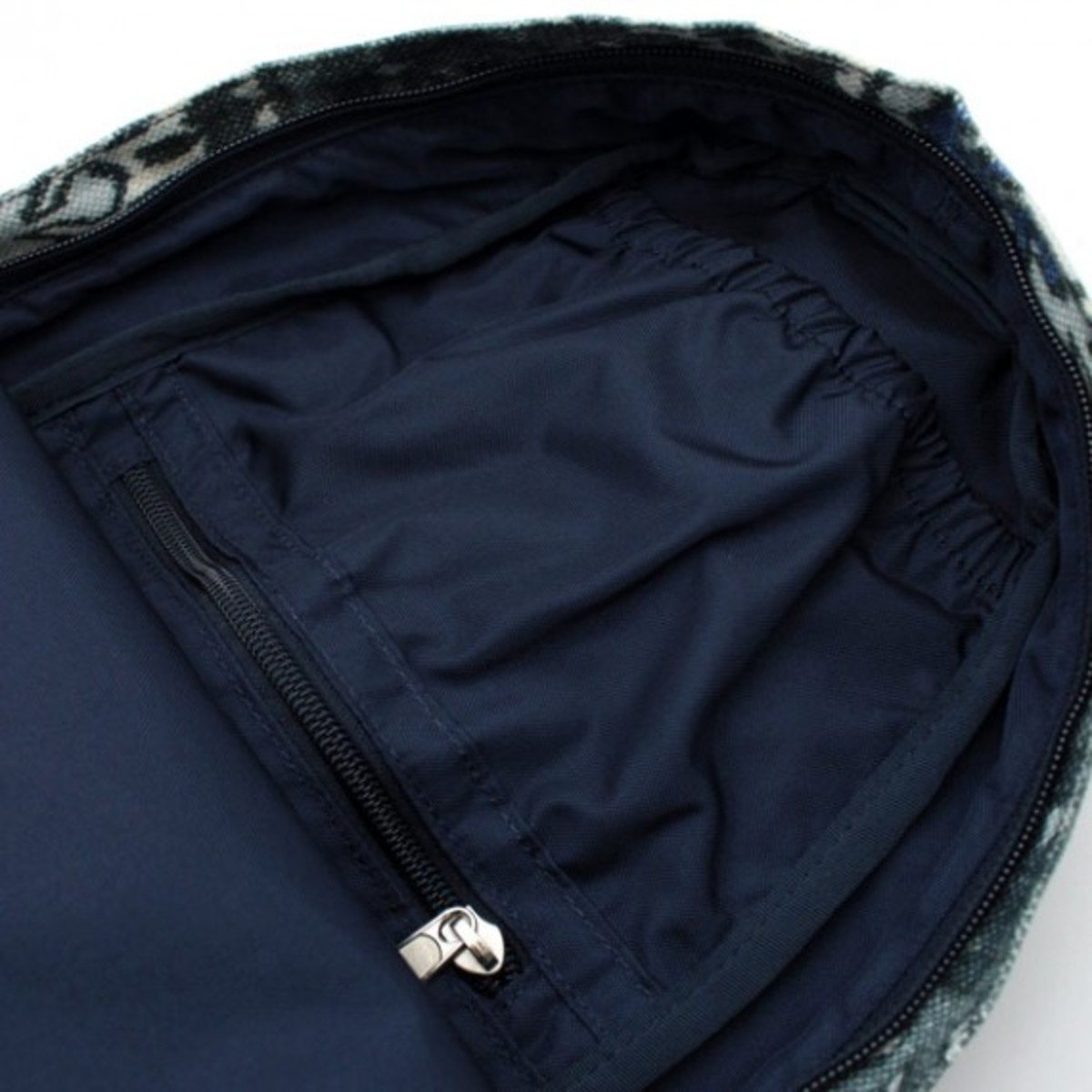 the-north-face-purple-label-fall-2012-bag-collection-14