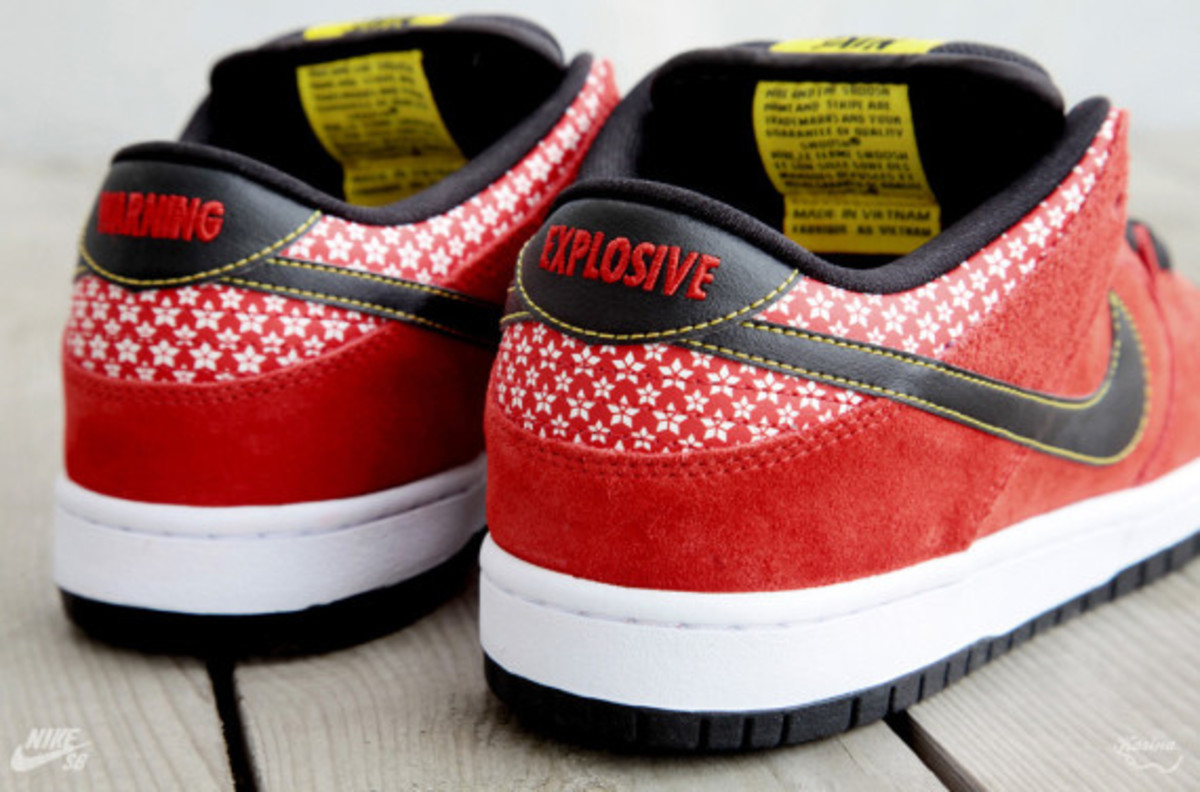 nike-sb-dunk-low-premium-qs-firecracker-pack-available-now-313170-602-05