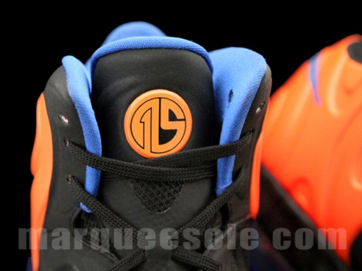 nike-air-max-hyperposite-2012-new-york-knicks-007