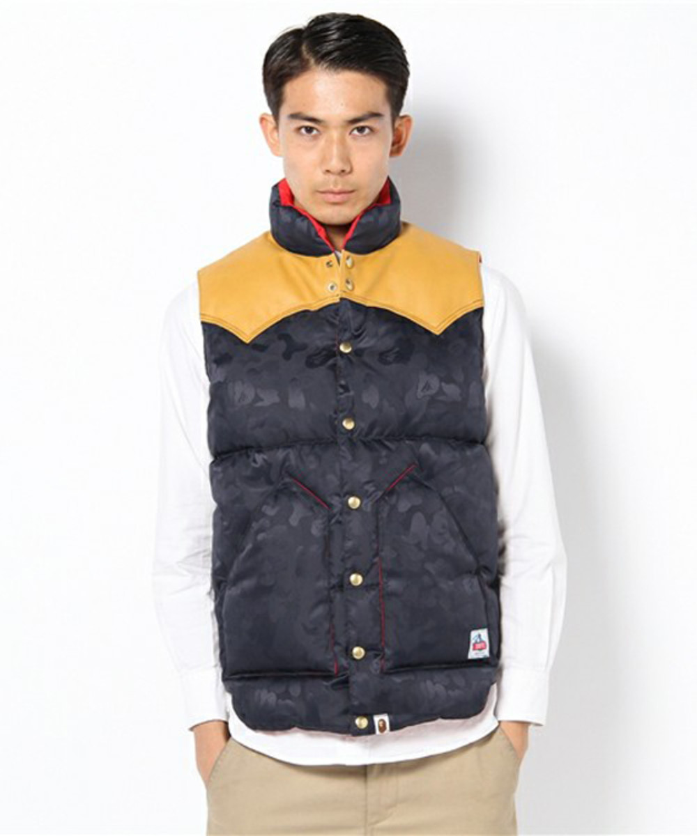 a-bathing-ape-rocky-mountain-featherbed-jacquard-abc-down-vest-03
