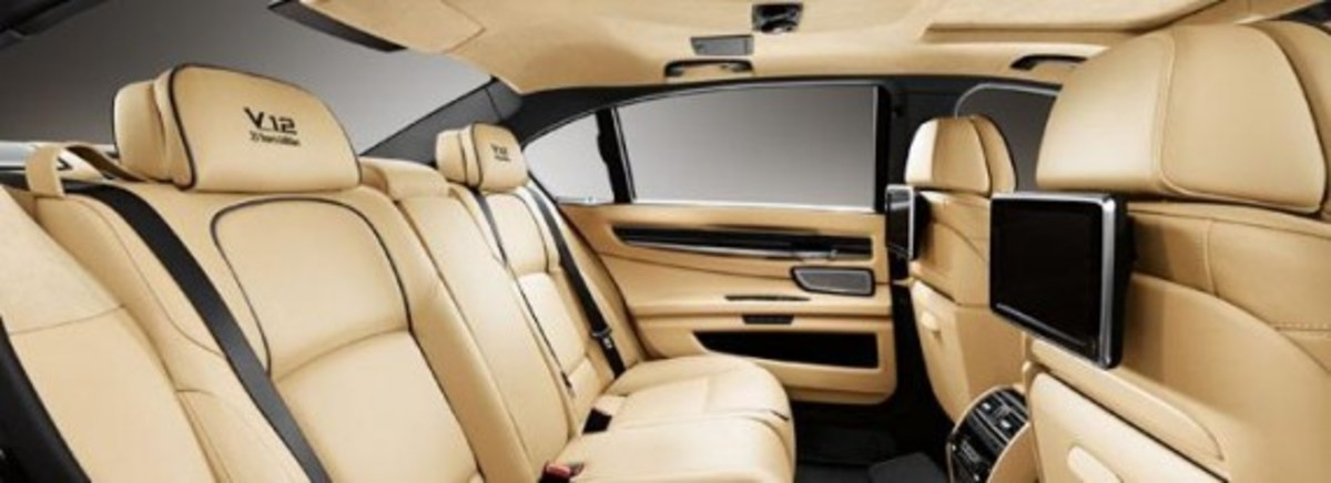 2013-bmw-760li-v12-25th-anniversary-edition-4