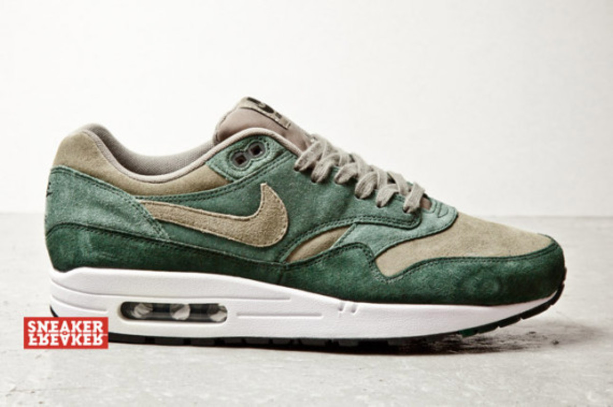 "Nike Air Max 1 ""Green Suede"" Freshness Mag"