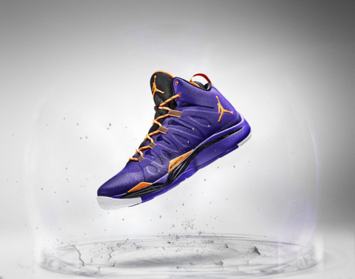 jordan-super-fly-2-officially-unveiled-with-blake-griffin-05