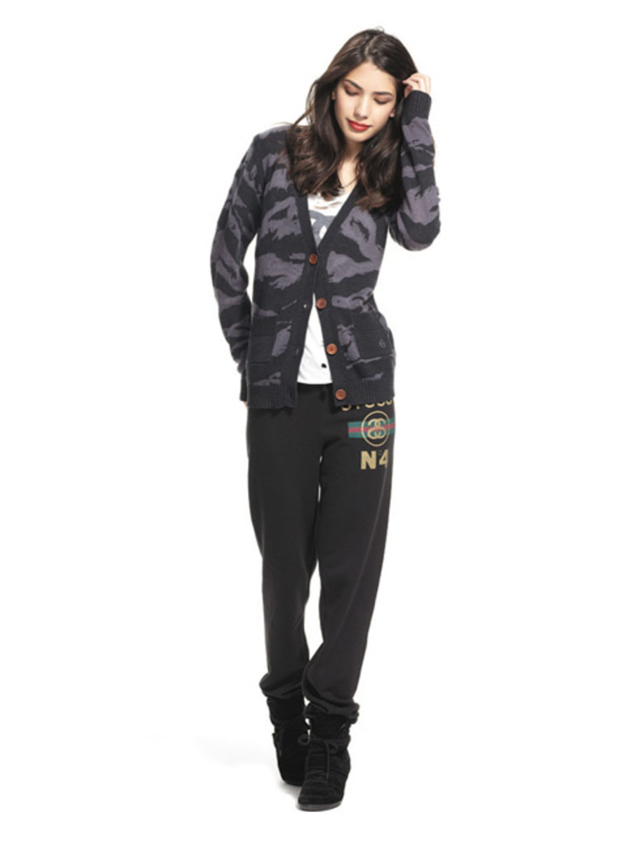 stussy-fall-2012-womens-collection-lookbook-09